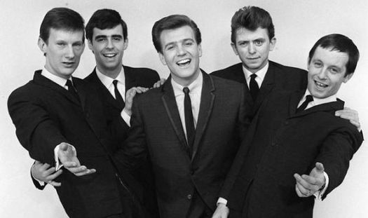 Kramer-centre-with-his-second-band-The-Dakotas-in-the-1960s-518505.jpg