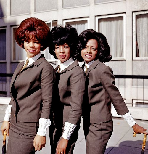 supremes-at-emi-house-london-october-1964-11.jpg