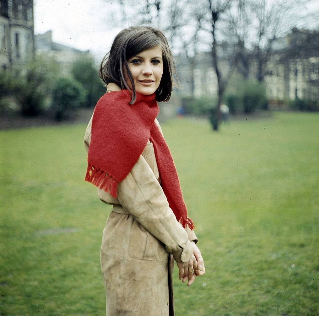 sandie-shaw-posed-wearing-a-red-scarf-in-london-circa-1965-k-k-ulf-kruger-ohg.jpg